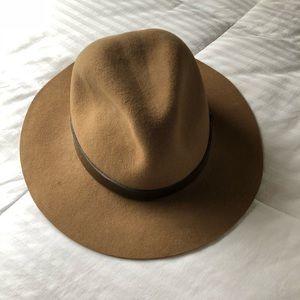 Accessories - Brown/tan wool fedora